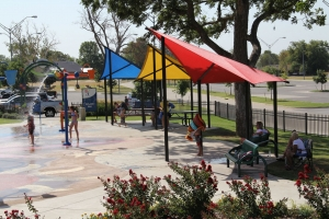 shades-shelters-bentley-park
