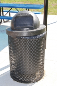 site-amenities-trash-can